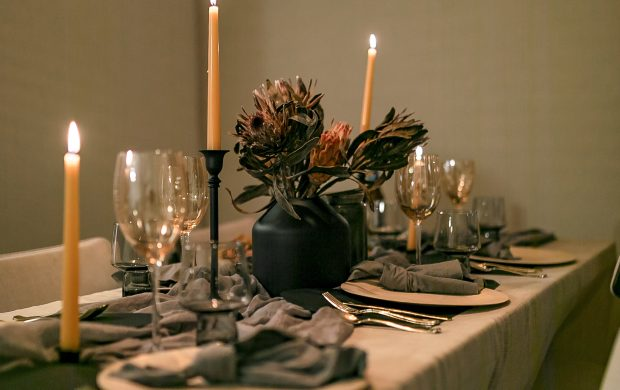 Intimate Gatherings: How To Curate Your Christmas Table